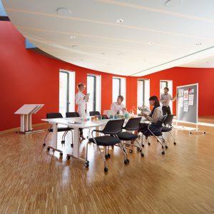 Brainstorm Table - 4 castors