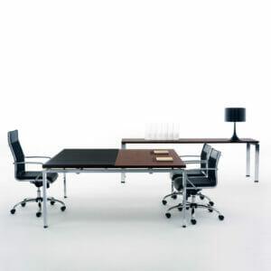 Click Manager Desks with return