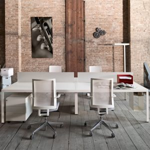 Frame+ Operative Desk
