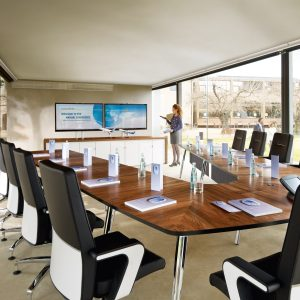 Mastermind Meeting Tables