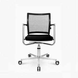 Titan 10 3D Visit Chair front view