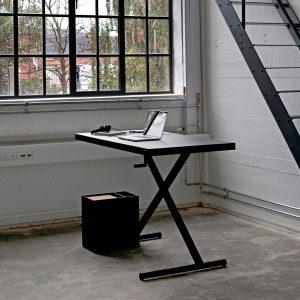 Holmris X-Table Desk
